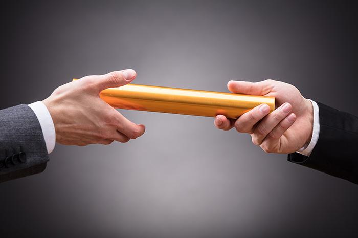 相続を利用した事業承継とは?改正後の事業承継税制の要件やメリット・デメリットを解説