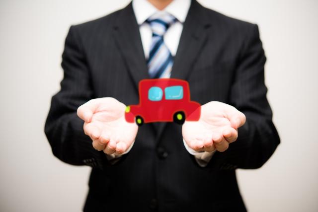 自動車販売業界の市場のイメージ