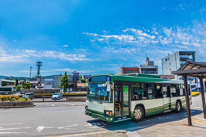 2_バス会社が抱える課題とは?