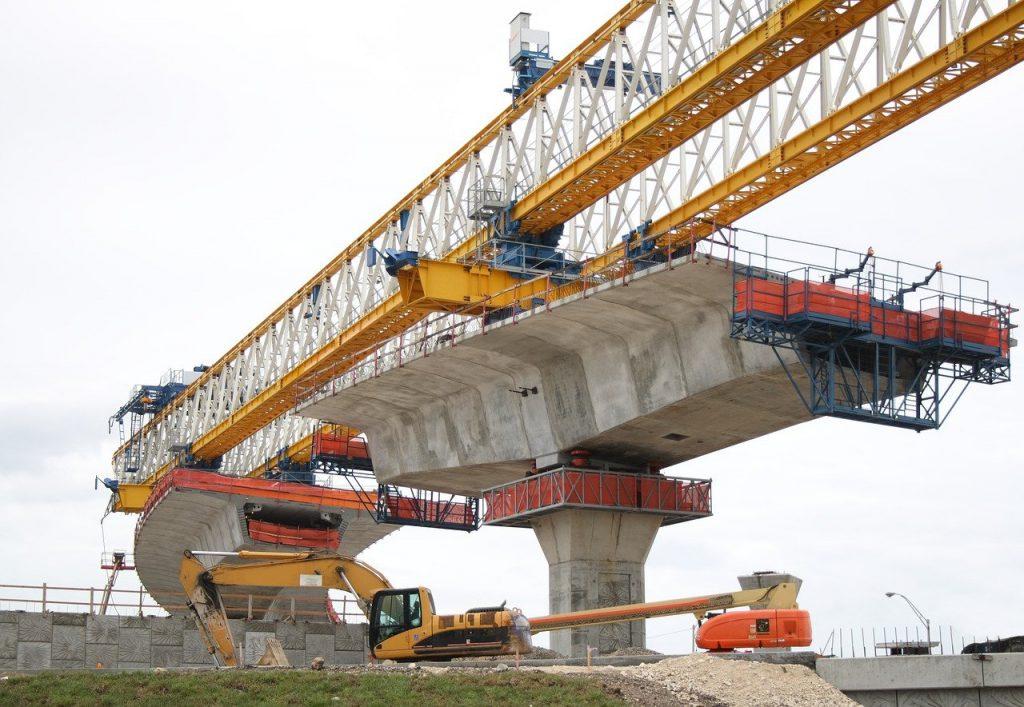 鉄橋の工事現場